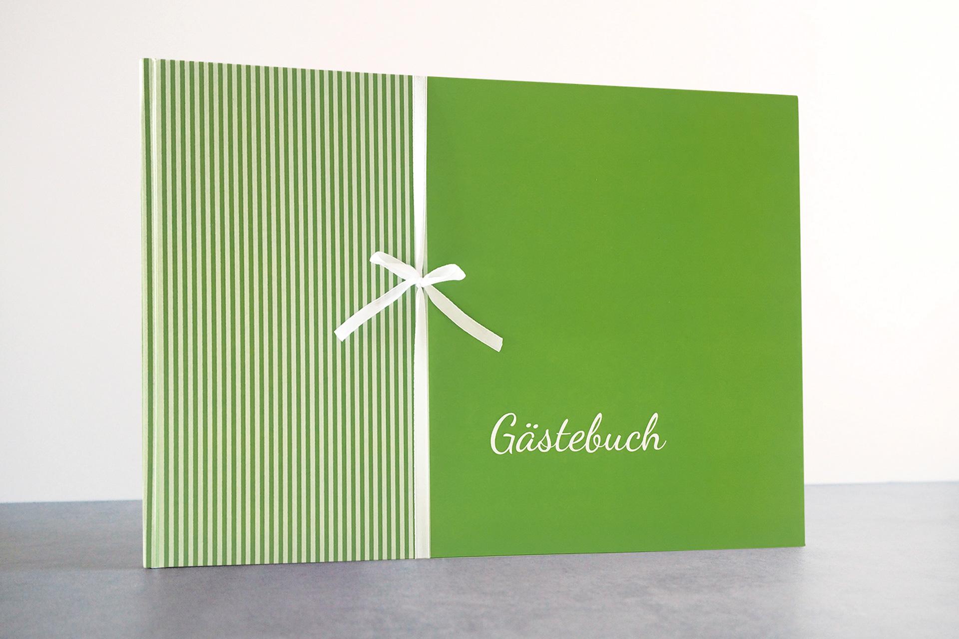 Gästebuch - Grün (mit Blanko Seiten)